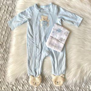 NWOT (🌸2/$25🌸) baby sleeper and free gift